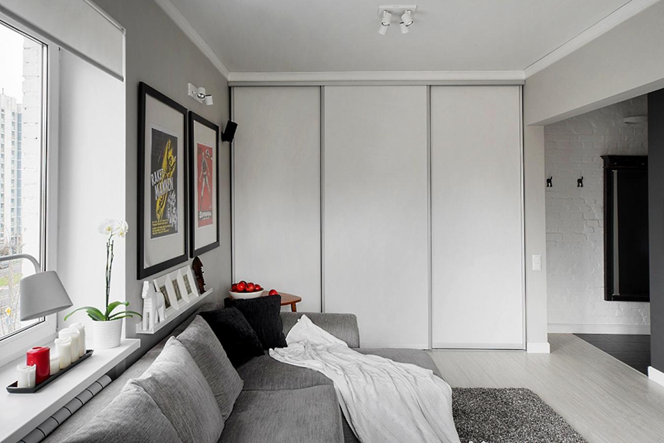 Шкаф-купе в квартире-студии
