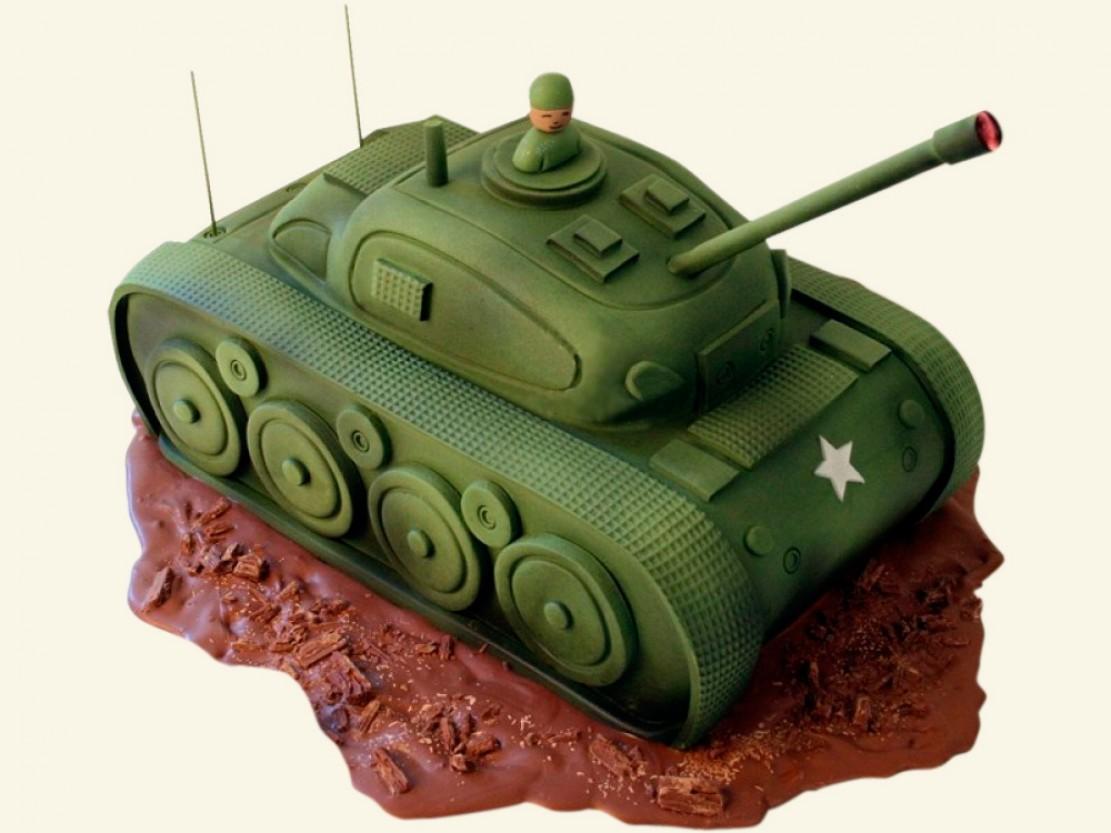Заказать торт ко Дню защитника Отечества в виде танка