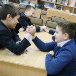 Фото 26: Конкурс армреслинг в школе