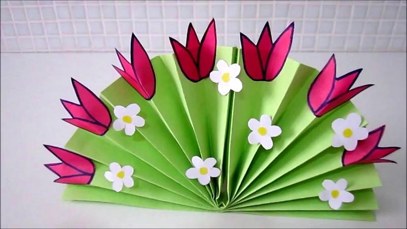 Поделка веер из цветной бумаги с цветами