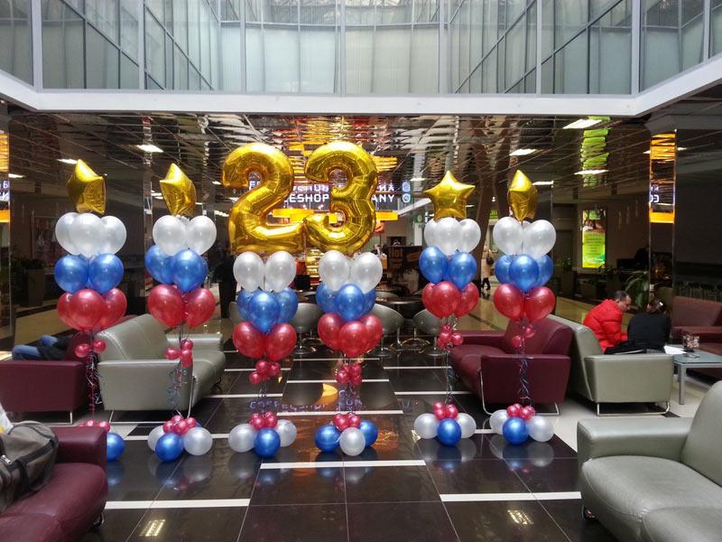 Оформление холла на 23 февраля воздушными шариками