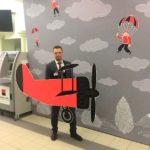 Фото 32: Сделать фотозону с самолетом на День Защитника Отечества