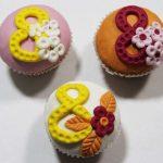 Фото 77: Подарочные пирожные на 8 Марта