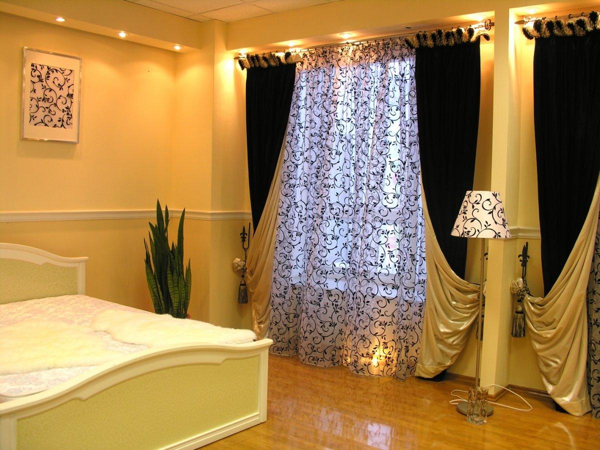 Портьеры в большой спальне