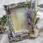 Фото 48: Красивая рамочка из веточек на 8 Марта