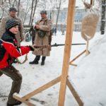 Фото 43: Игра штыковой бой на 23 февраля в парке
