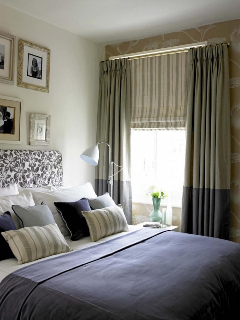 Сочетание занавесок и римских штор в спальне
