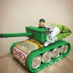 Фото 82: Поделка танк из снеков и напитков