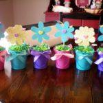 Фото 102: Простые топиарии с цветами из бумаги на 8 марта