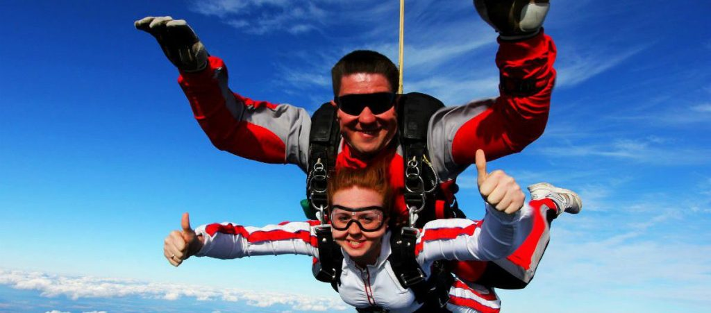 Совместный прыжок с парашютом