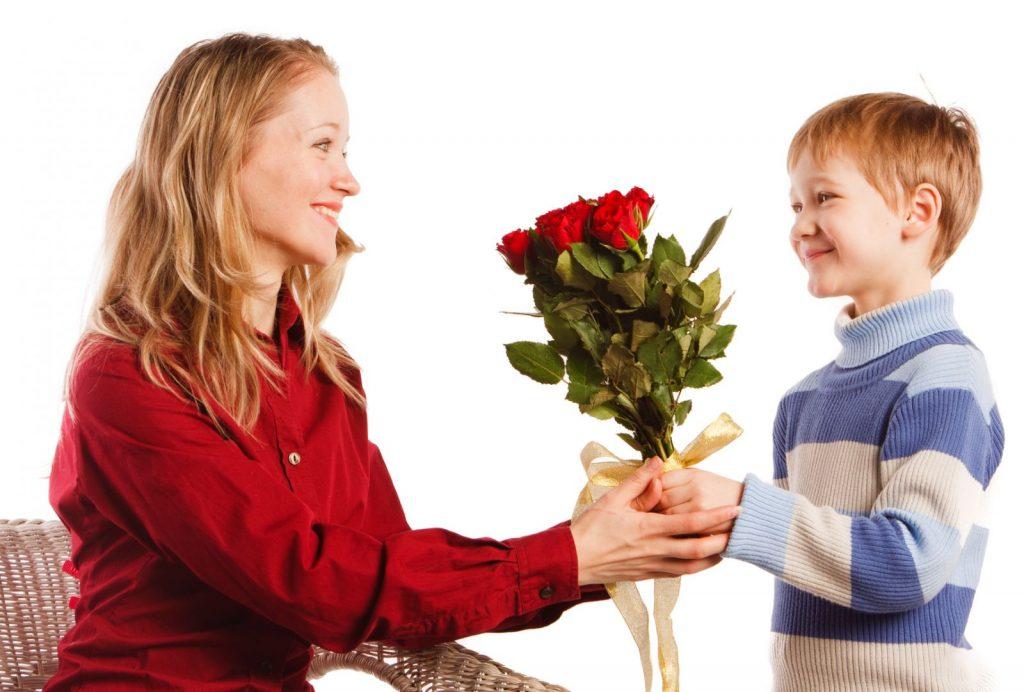 Цветы для мамы на 8 марта
