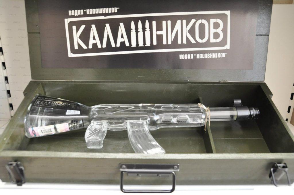 Подарочный памятный алкоголь в виде автомата Калашникова на 23 февраля