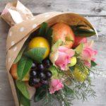 Фото 60: Оригинальный фруктово-цветочный букет