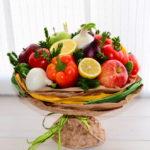 Фото 61: Необычный фруктово-овощной букет в подарок