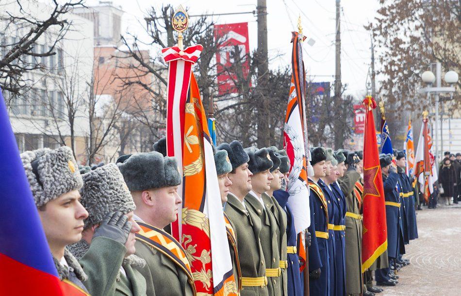 Проведение парада на День Защитника Отечества