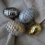 Фото 75: Декор пенопластовых яиц кнопками