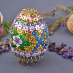 Фото 77: Декор яиц пайтеками и бисером