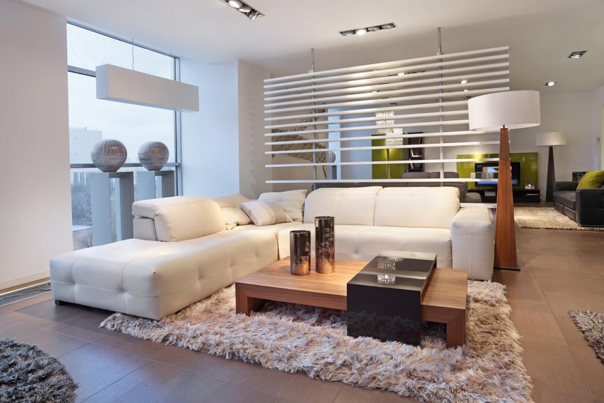 Длинноворсный ковер на пол в гостиную – это не просто красиво, но и практично