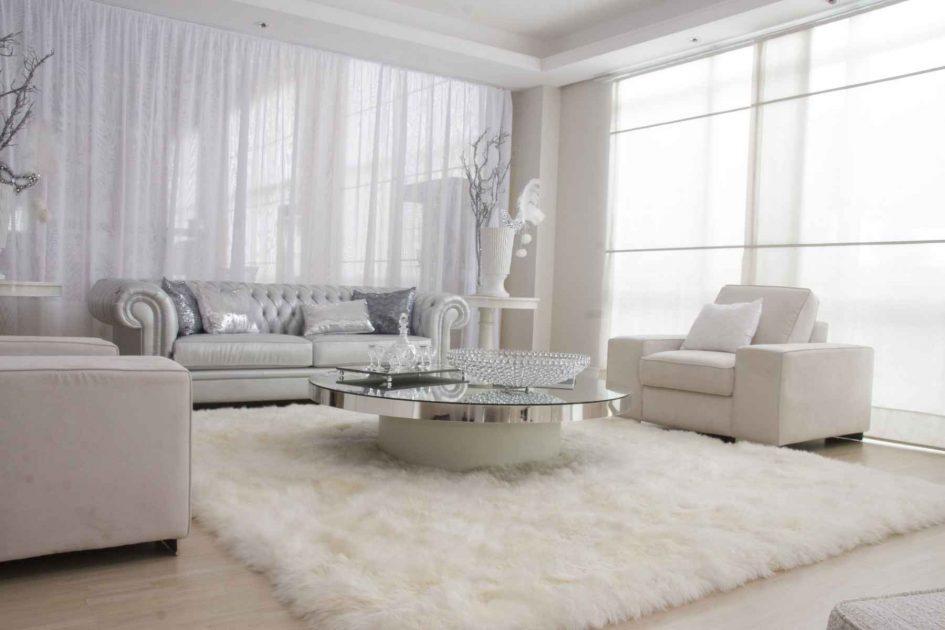 Изделия с ворсом в несколько сантиметров всегда были символом домашнего уюта, стиля, респектабельности
