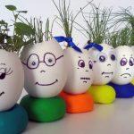 Фото 55: Трава в яичной скорлупе