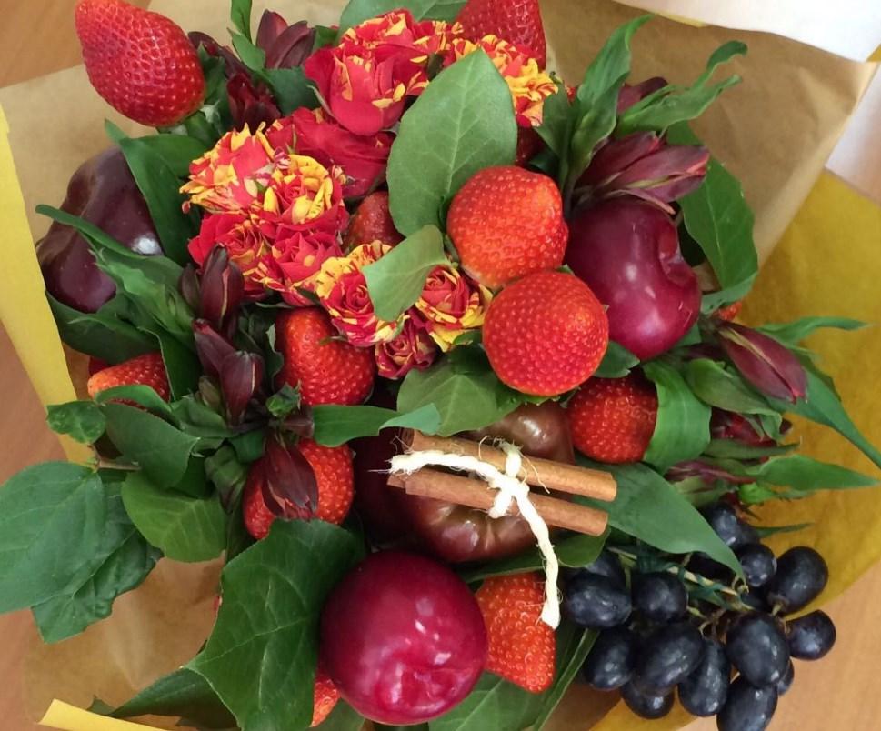 Поздравления к букету из фруктов