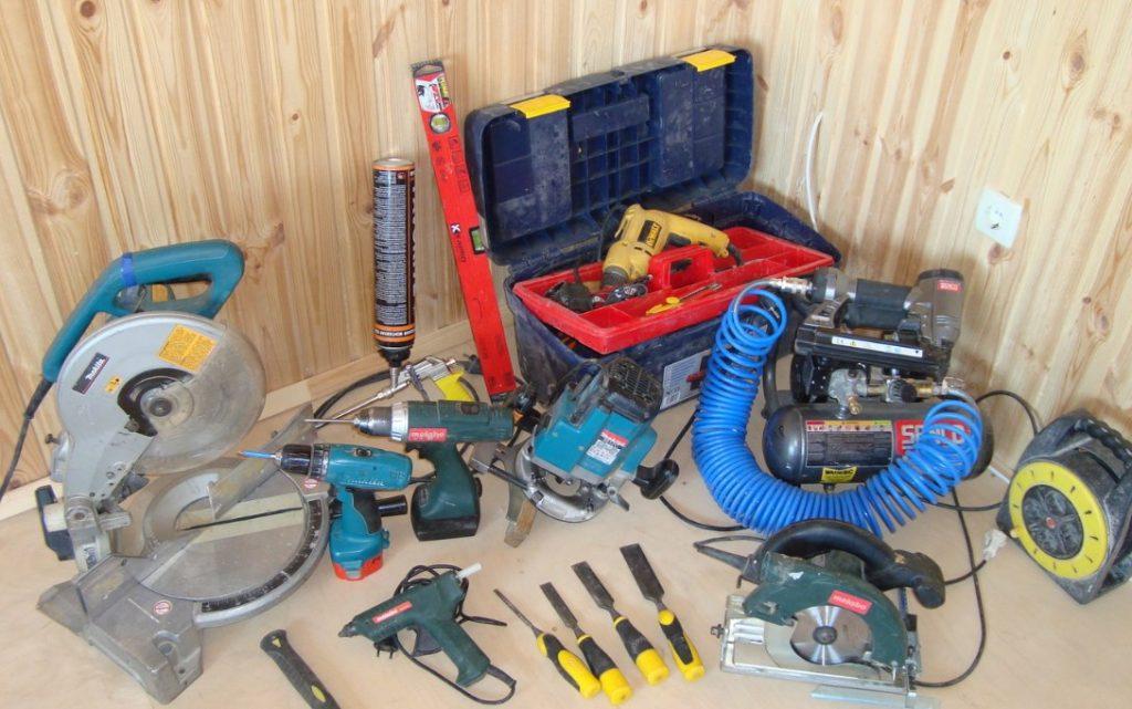 Иструменты для установки двер