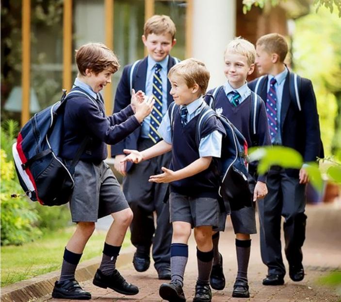 Школьная форма с шортами