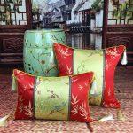 Фото 15: Шёлковые подушки в китайском стиле