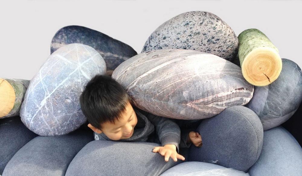 Подушки под камни и поленья