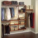 Фото 75: Дизайн верхнего отдела в гардеробной