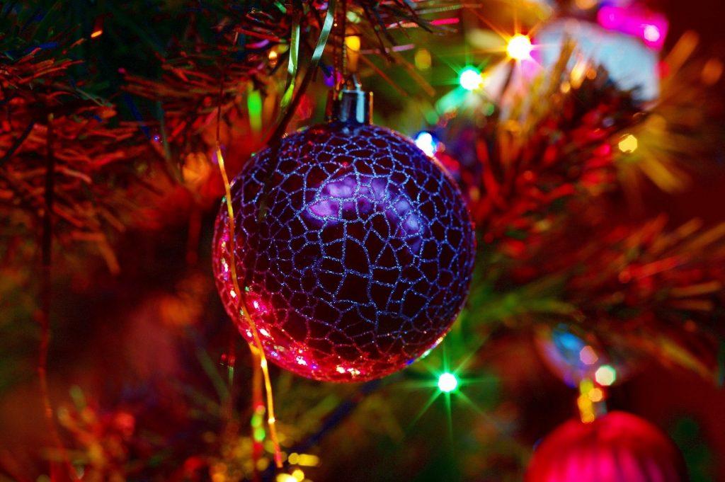 Елка шар новый год