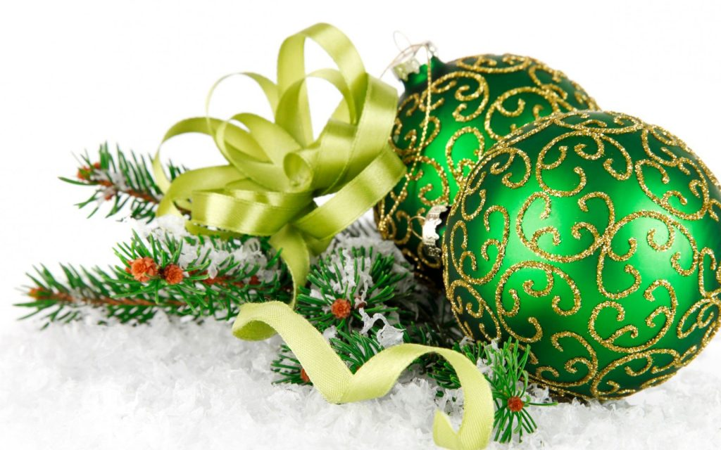 Оформление новогодних шариков