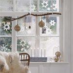 Фото 27: Новогодние декорации окна
