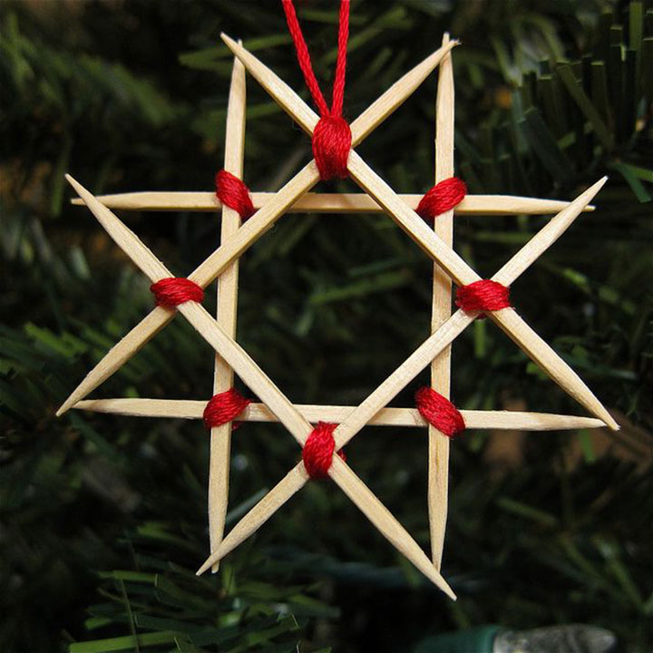 Звезда Давида из зубочисток на елку