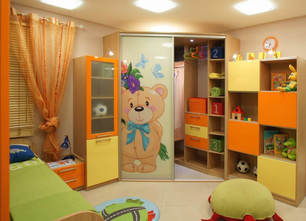 Шкаф-купе в детской