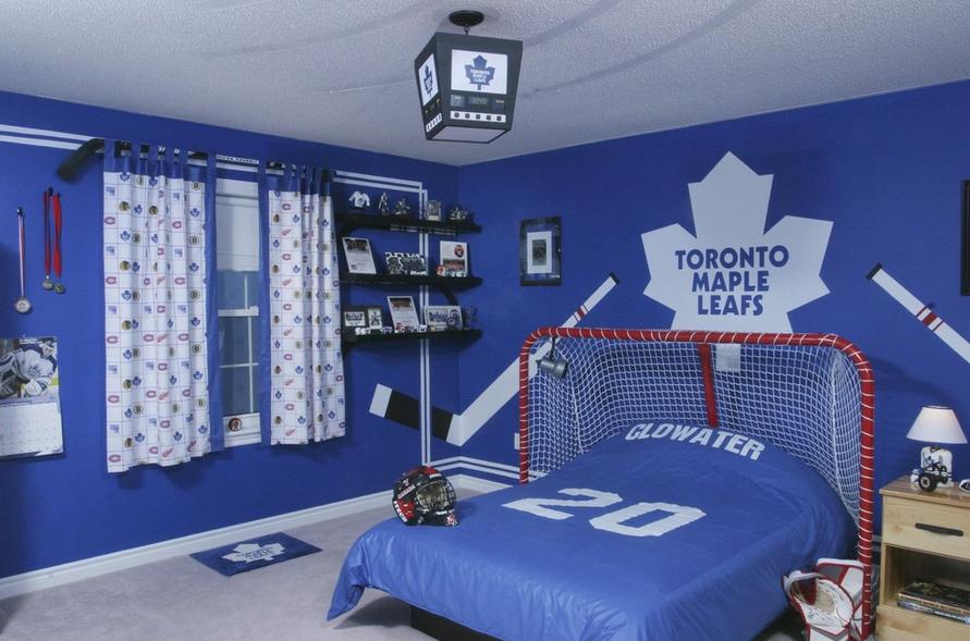 Интерьер комнаты для хоккеиста