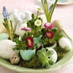 Фото 58: Цветочная композиция в яичной скорлупе
