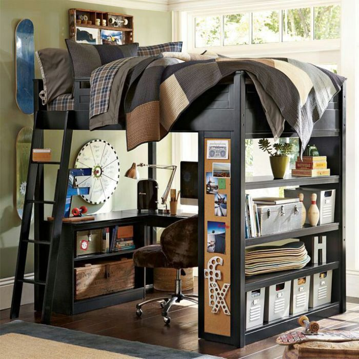 Кровать с рабочей зоной под ней