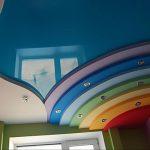 Фото 58: Цветной натяжной потолок