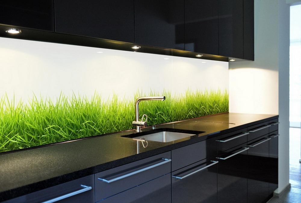Стеклянный фартук для кухни с изображением зеленой травы