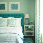 Фото 15: Бирюзовые оттенки в интерьере спальни