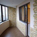 Фото 16: Отделка балкона под камень