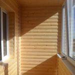 Фото 25: Обшивка балкона под дерево