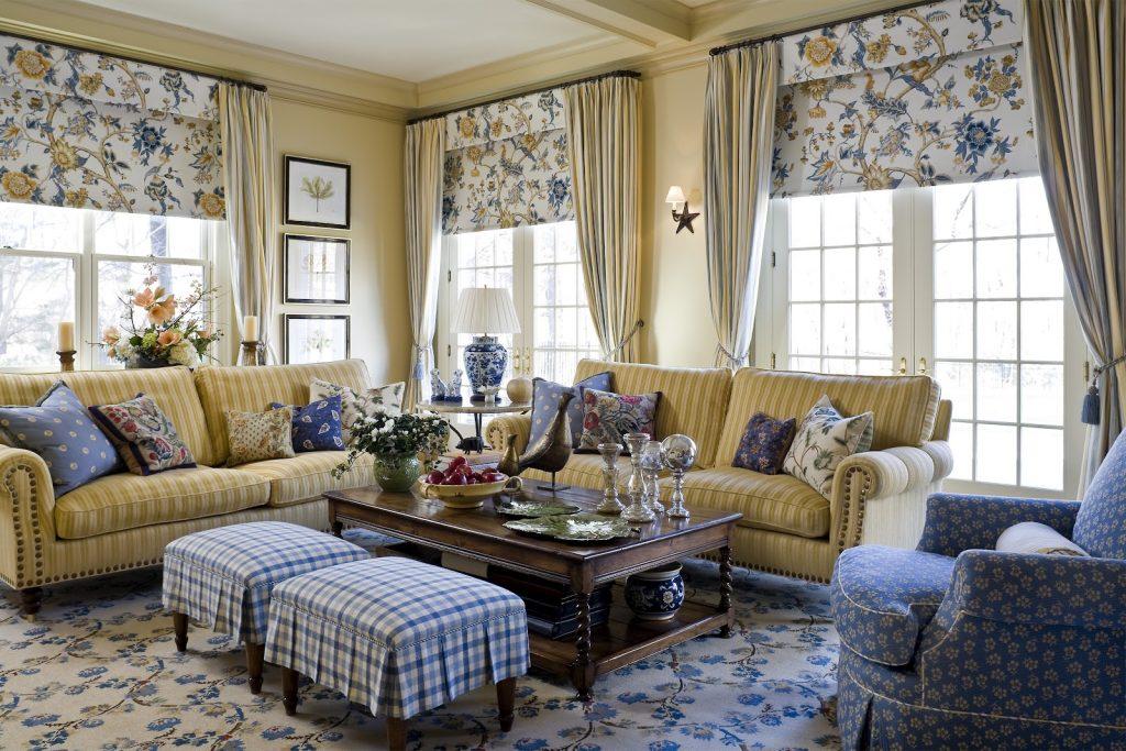 Уютная мебель в стиле кантри