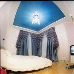Фото 14: Синий натяжной потолок