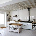 Фото 59: уютная кухня в стиле прованс