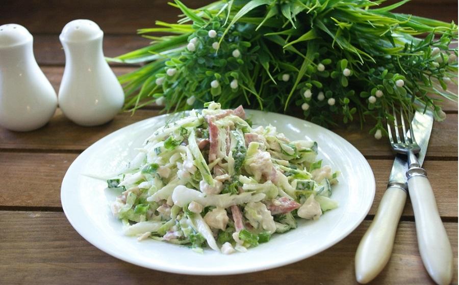 Простой салат Муравейник