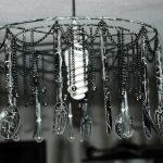Фото 62: Люстра из кухонного инвентаря