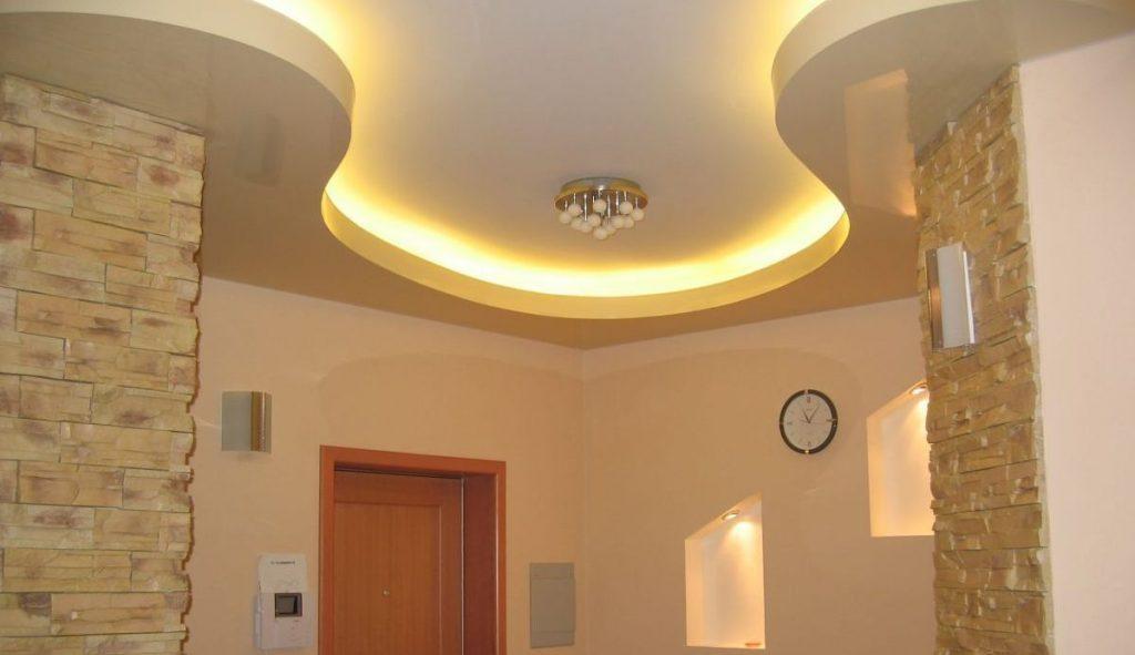Стильный дизайн двухуровневого потолка