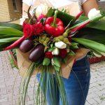 Фото 63: Цветочно–овощной букет